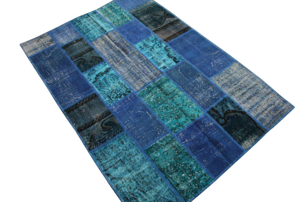 Patchwork vloerkleden   035  (240cm x 170cm) gemaakt van oude recoloured vloerkleden incl.onderkleed van katoen.
