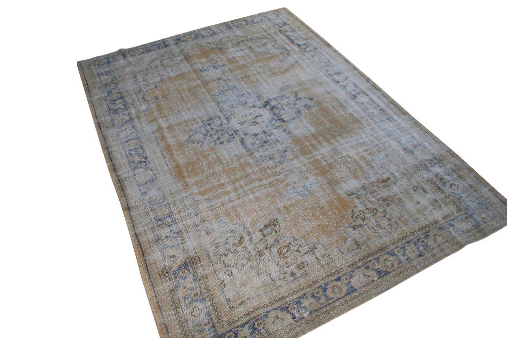 Recoloured klassiek vloerkleed nr 1046 (300cm x 212cm) verkocht!