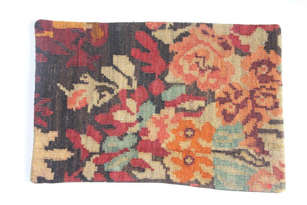 Rozenkelim kussen nr 12019 (60cm x 40cm) Kussen gemaakt van authentieke rozenkelim, inclusief binnenkussen