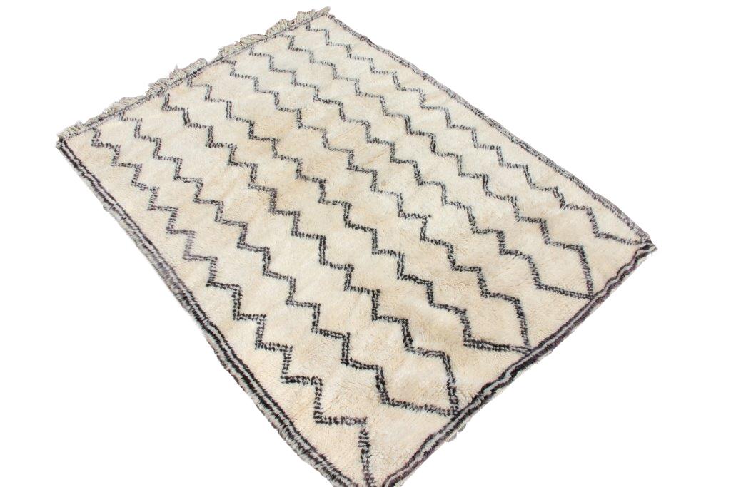 Berber vloerkleed uit Marokko no 1247  (200cm x 158cm)
