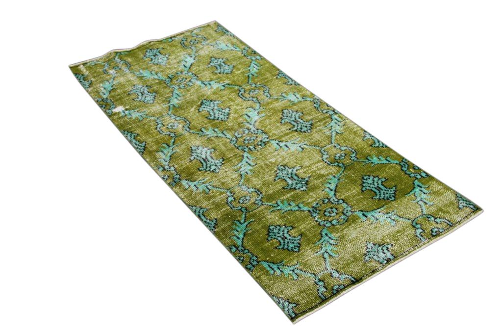Groen vloerkleed 1292   (210cm x 95cm) groot vloerkleed wat een nieuwe hippe trendy kleur heeft gekregen.