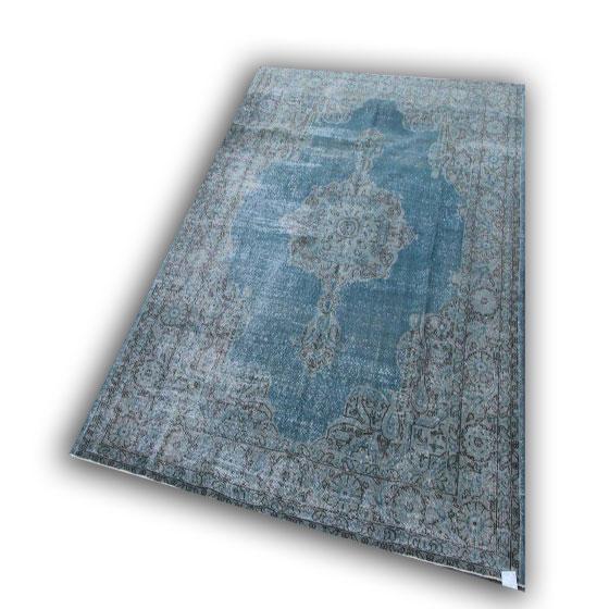 Recoloured vloerkleed 138 (307cm x 202cm)