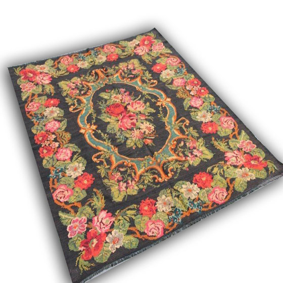 Handmade rug 15 (270cm x 212cm)