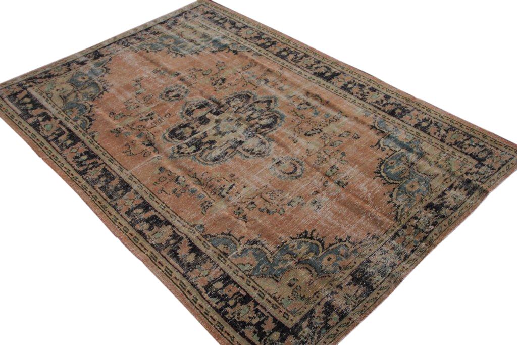 Vintage vloerkleed  uit Turkije 268cm x 187cm, no 1577