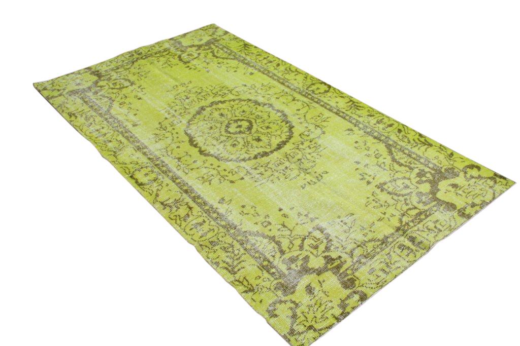 Groen authentieke tapijt no 1314 (279cm x 156cm) vloerkleed wat een nieuwe hippe trendy kleur heeft gekregen.