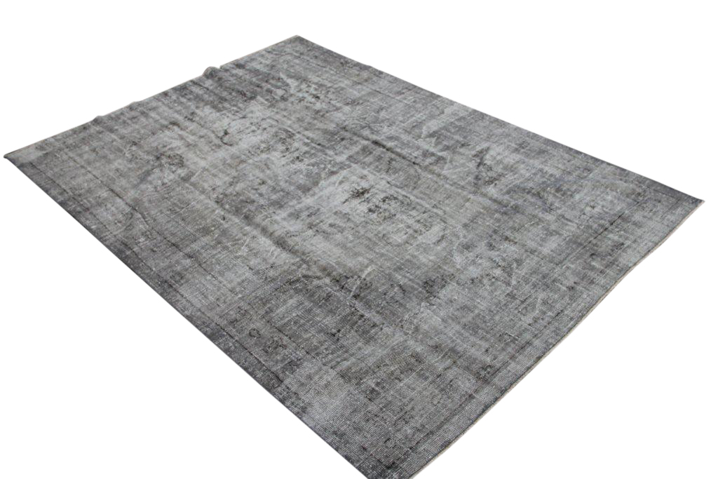 Vintage trendy tapijt no 1685 (296cm x 218cm) vloerkleed wat een nieuwe hippe trendy kleur heeft gekregen.