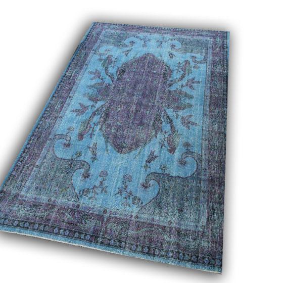 Recoloured blauw tapijt nr 17 (344cm x 240cm)