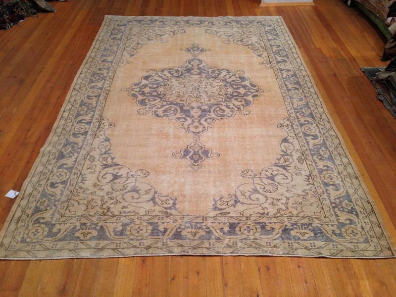 Vintage vloerkleed  uit Turkije 305cm x 197cm, no 1746