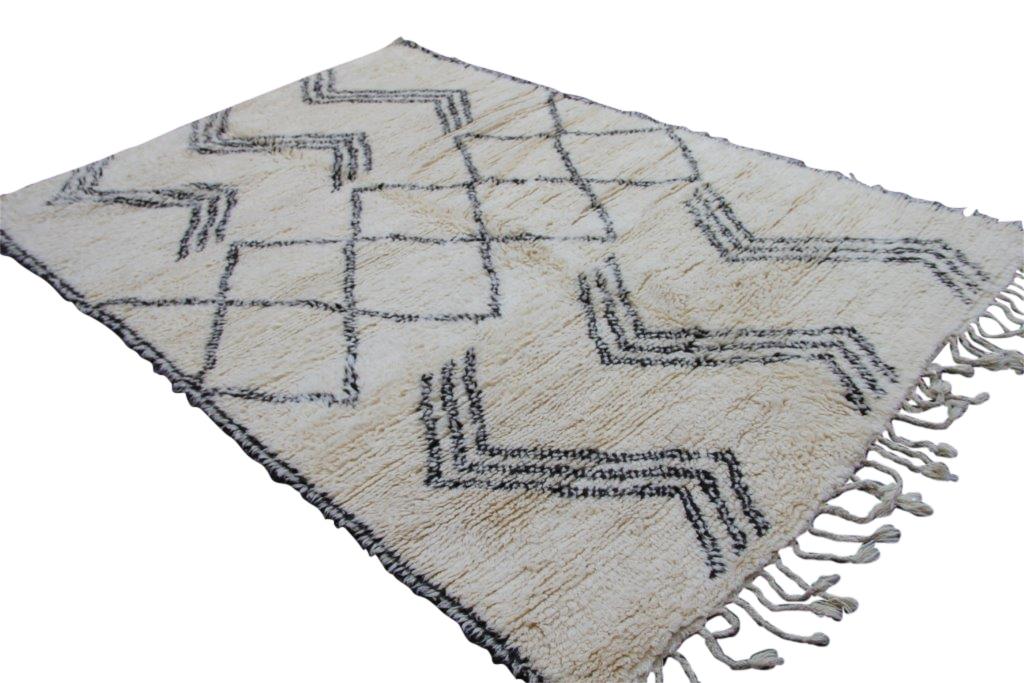 Beni Ouarain vloerkleed uit Marokko no 1751  193cm x 280cm