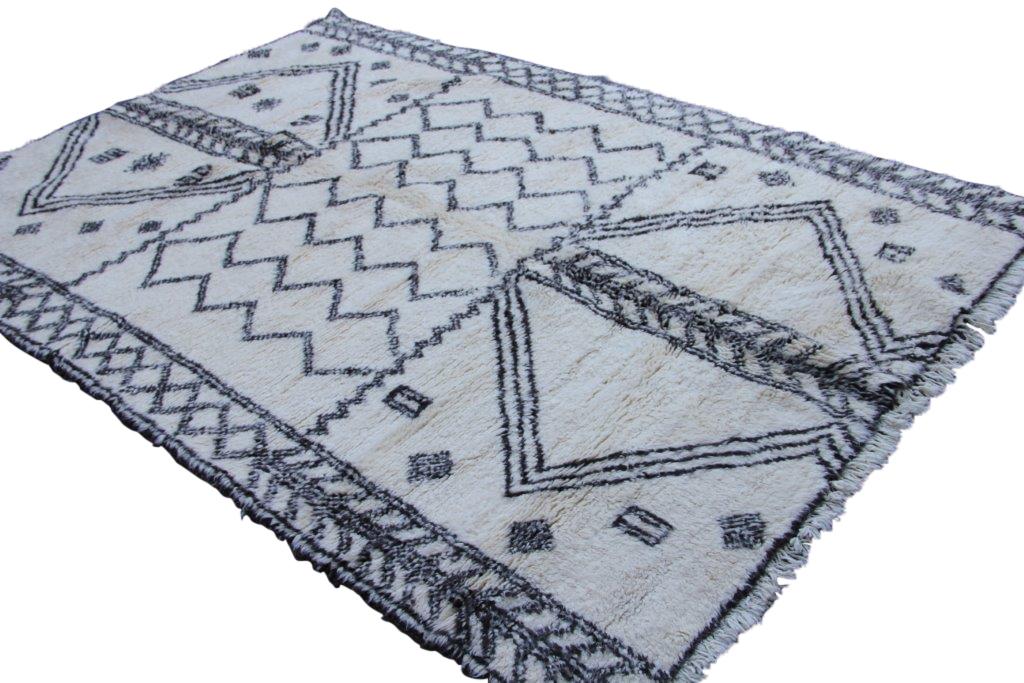 Beni Ouarain vloerkleed uit Marokko no 1791  286cm x 207cm