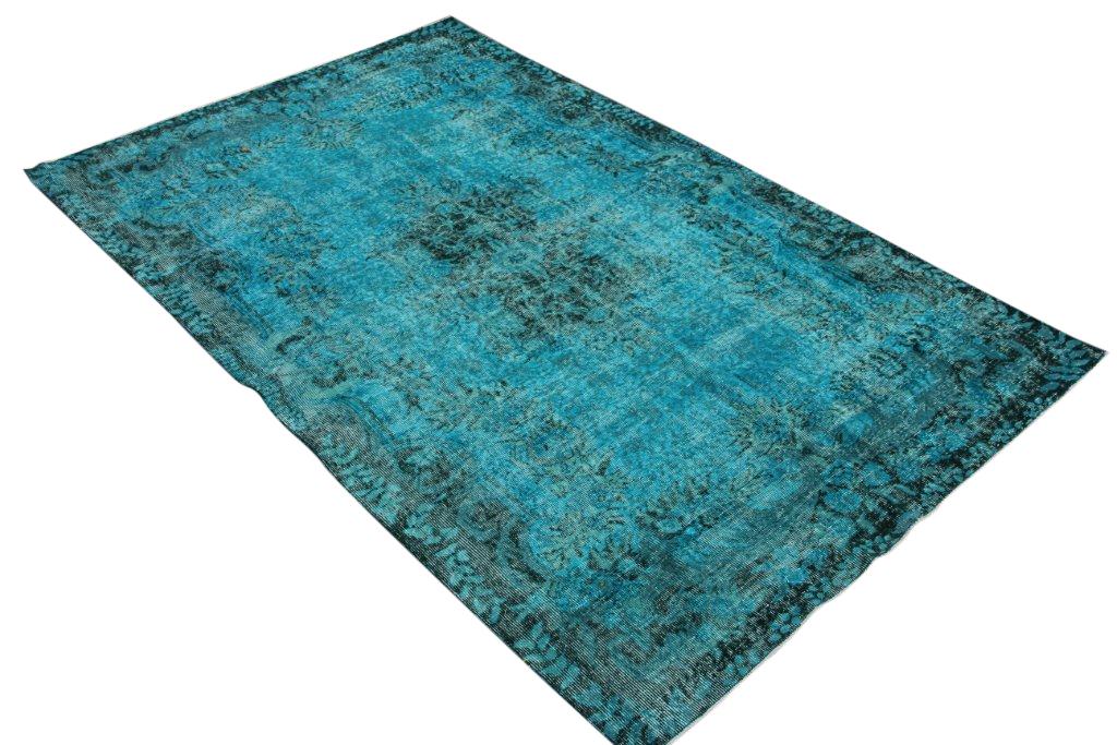 Vloerkleed 192 (280cm x 179cm) groot vloerkleed wat een nieuwe hippe trendy kleur heeft gekregen.