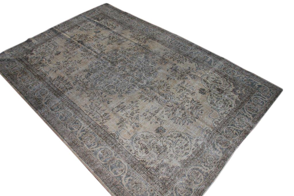 Vintage vloerkleed  uit Turkije 319cm x 214cm, no 2069