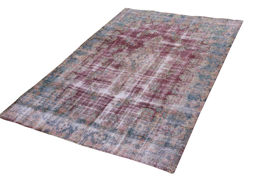 Zeer groot oud vloerkleed 24 (505cm x 340cm) groot vloerkleed wat een nieuwe hippe trendy kleur heeft gekregen.