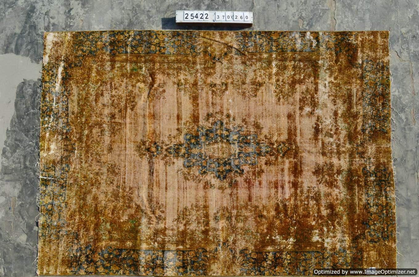 Recoloured tapijt uit Iran 25422 (370cm x 220cm)