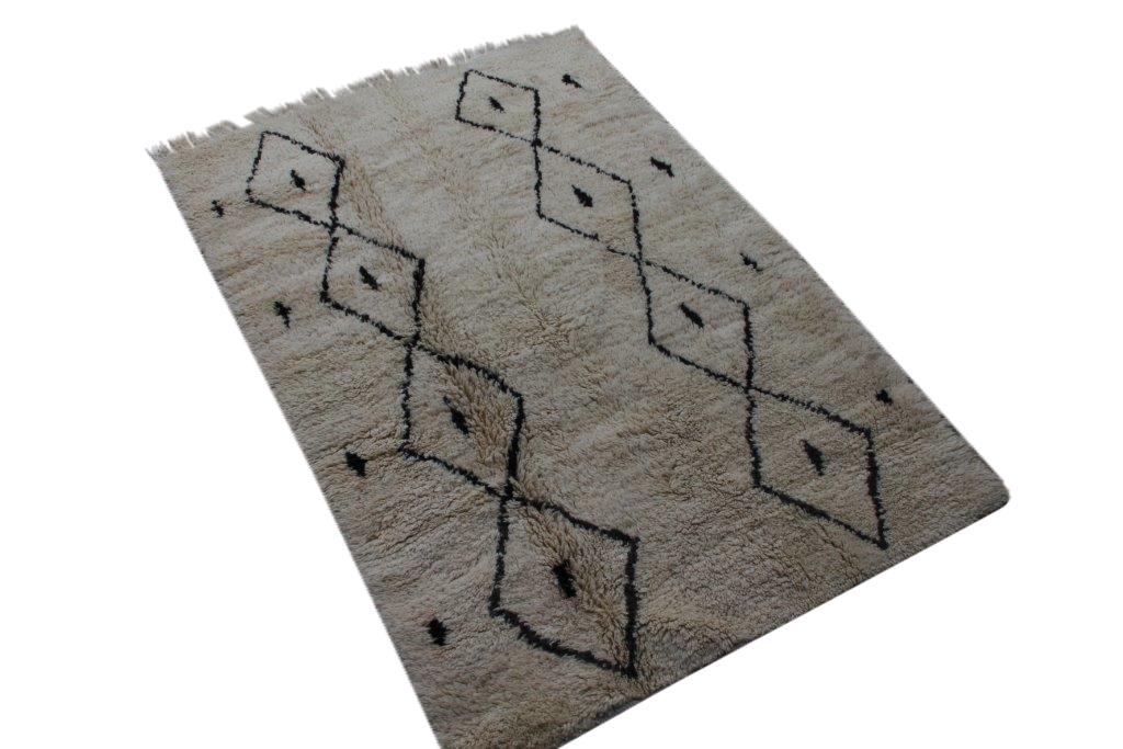 Beni Ouarain vloerkleed uit Marokko no 2565 (224cm x 154cm)