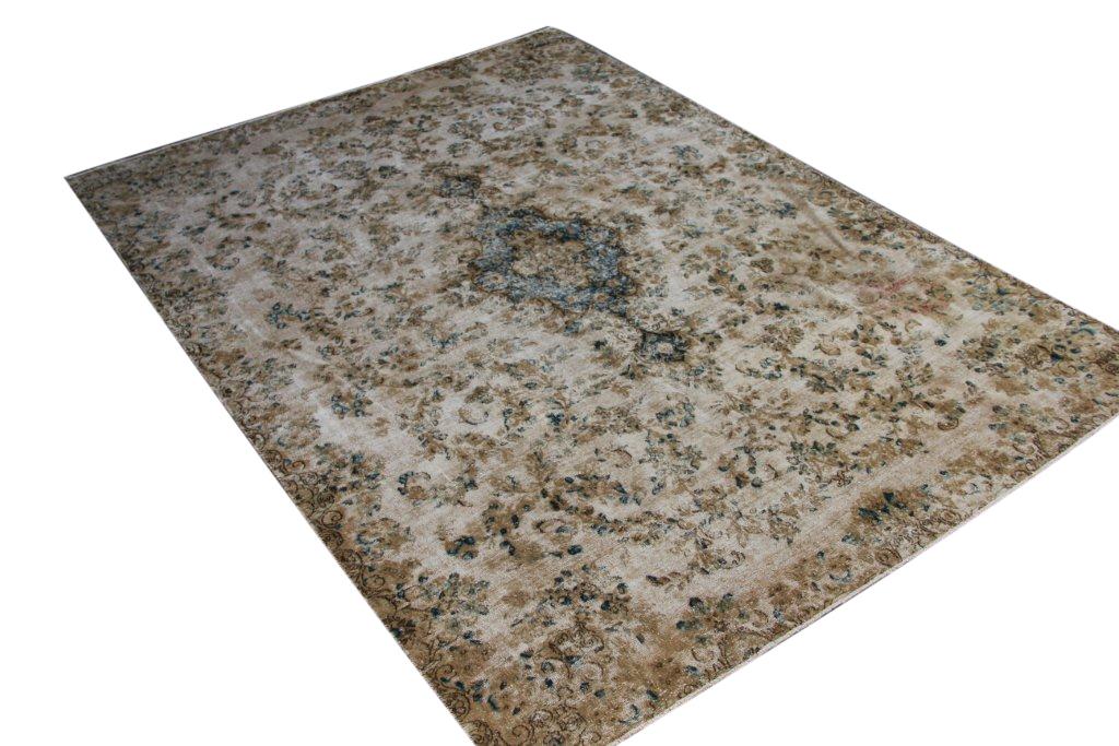 Authentiek recoloured vloerkleed nr 25872 (290cm x 206cm) tapijt wat een nieuwe hippe trendy kleur heeft gekregen.