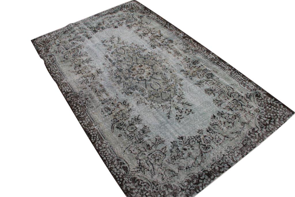 Grau, neu eingefärbter Vintage-Teppich 283cm x 179cm, no 314