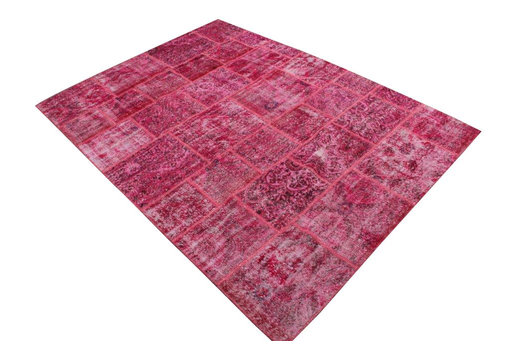 Roze patchwork vloerkleed 32 (310cm x 236cm) gemaakt van recoloured vloerkleden