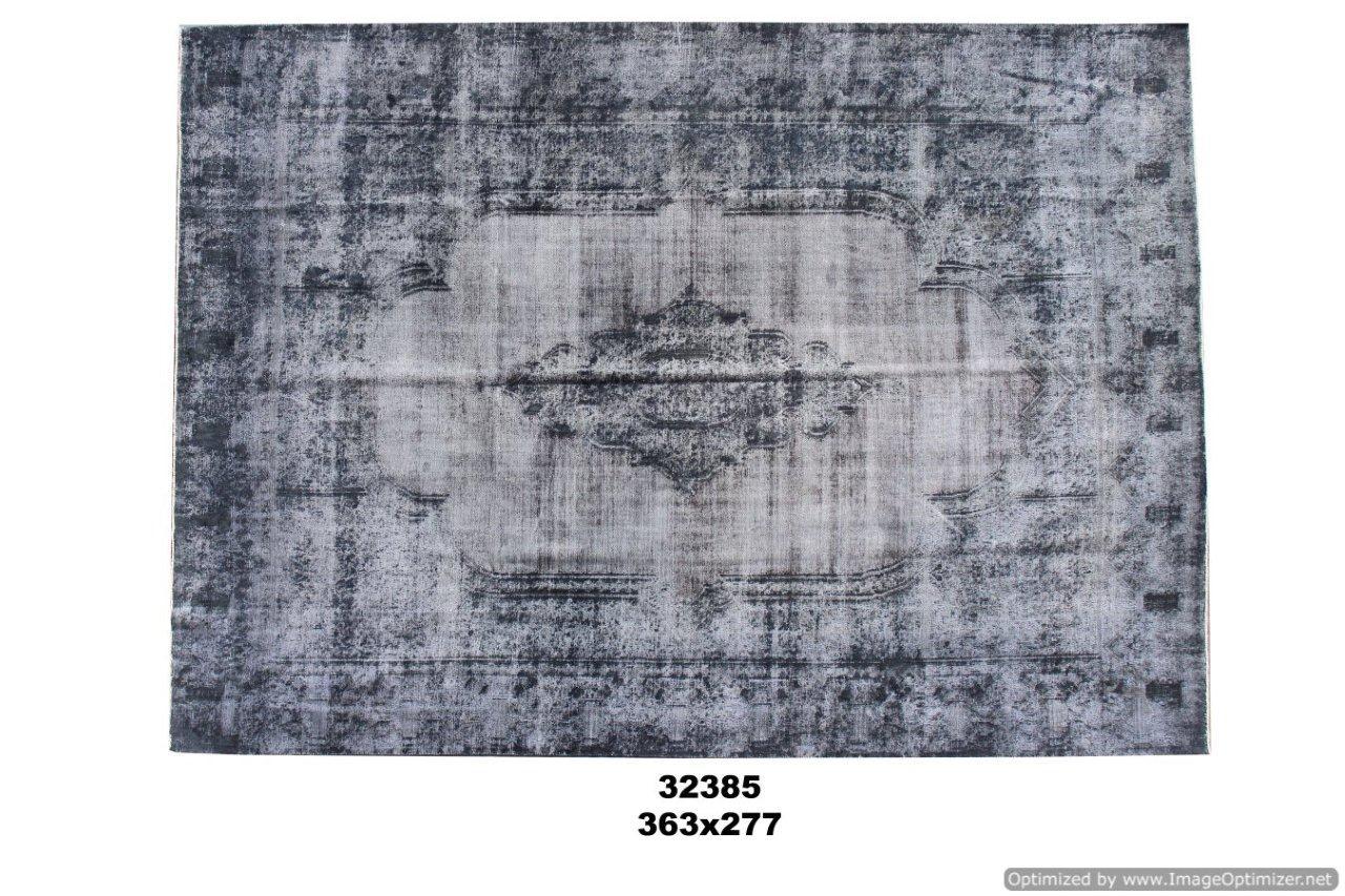 Paars vloerkleed no 32385(363cm x 277cm) groot vloerkleed wat een nieuwe hippe trendy kleur heeft gekregen.