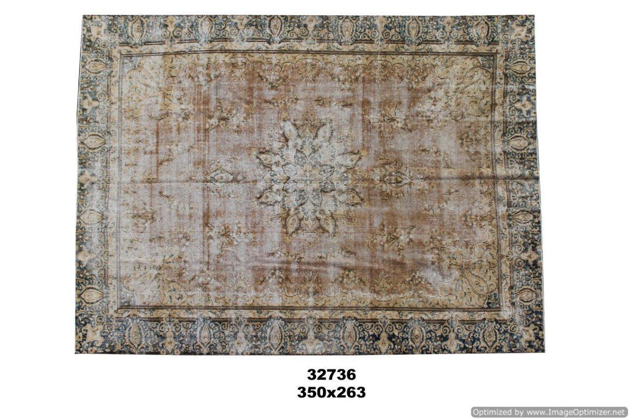 Beige authentieke vloerkleed no 32736(350cm x 263cm) groot vloerkleed wat een nieuwe hippe trendy kleur heeft gekregen.