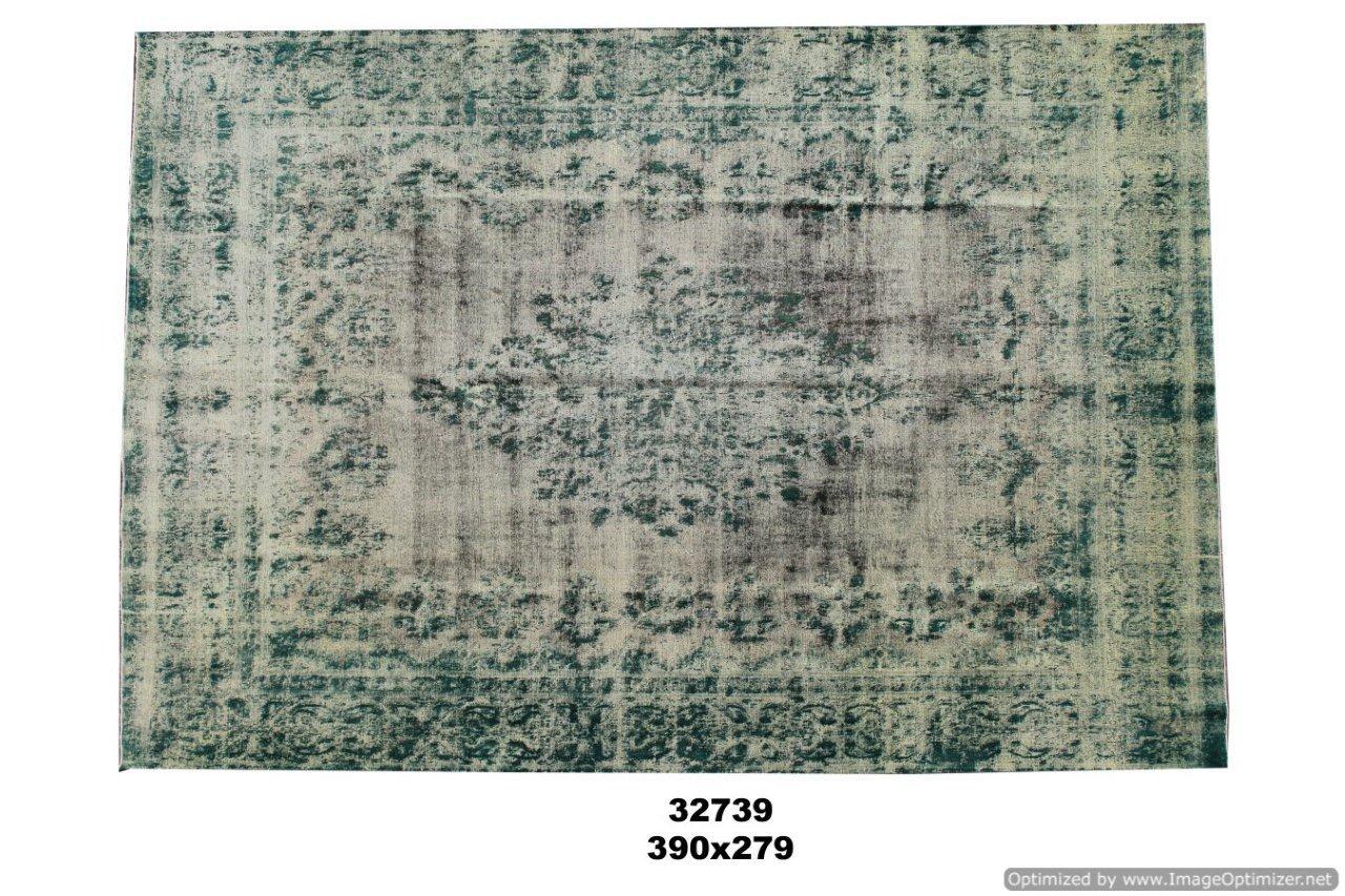 Groene authentieke tapijt no 32739(390cm x 279cm) groot vloerkleed wat een nieuwe hippe trendy kleur heeft gekregen.
