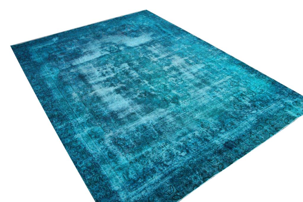 Authentiek recoloured vloerkleed nr 33307 (356cm x 260cm) tapijt wat een nieuwe hippe trendy kleur heeft gekregen.