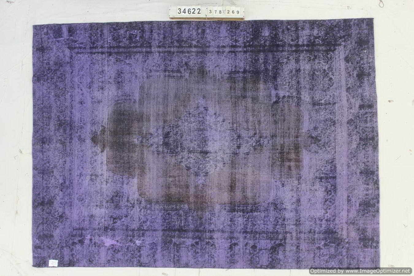 Recoloured  vloerkleed nr 34622 (378cm x 269cm) tapijt wat een nieuwe hippe trendy kleur heeft gekregen.