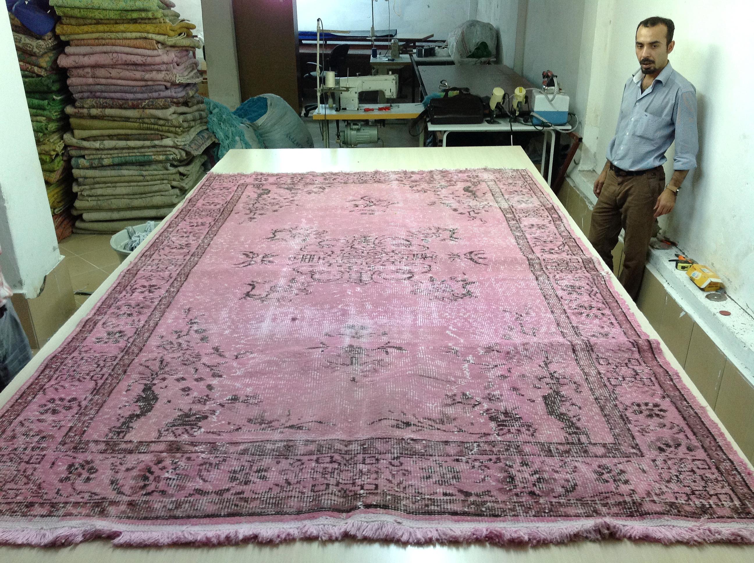 Oud roze vloerkleed nr 4079 (271cm x 171cm)