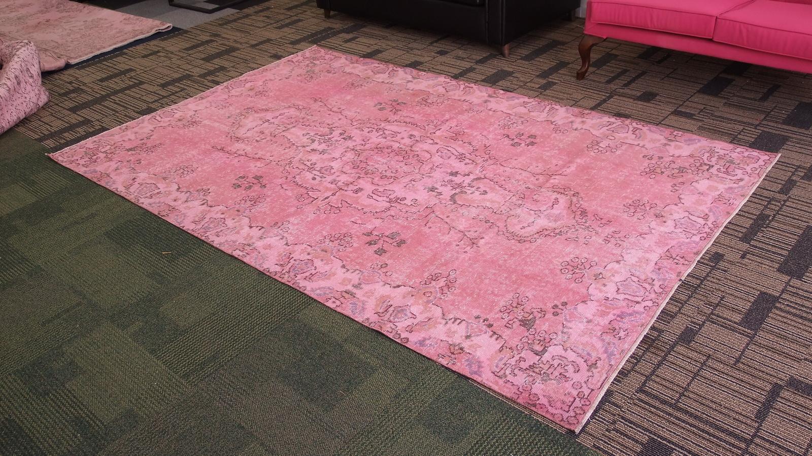 Oud roze vintage vloerkleed nr 4112 (279cm x 177cm)