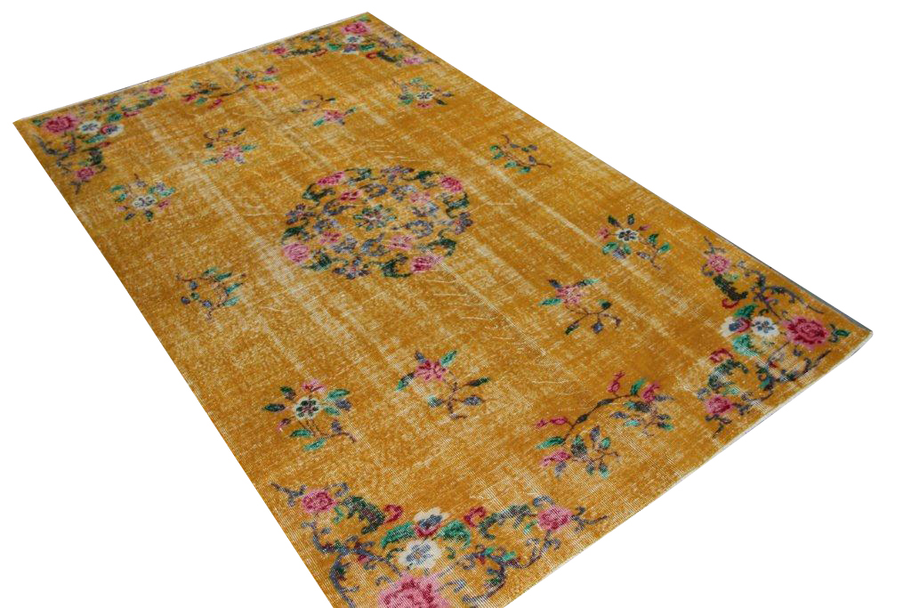 Geel recoloured vintage vloerkleed 285cm x 179cm, no 4162 (Dit kleed komt in het mei nummer van VT Wonen)