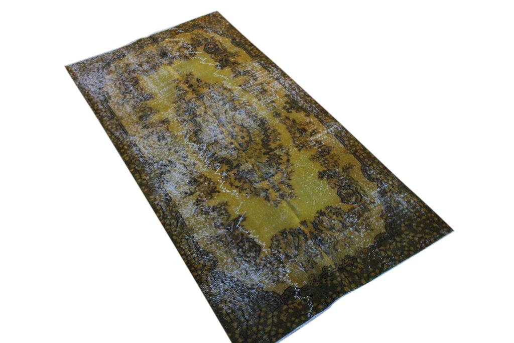 Geel vintage vloerkleed  uit Turkije 214cm x 110cm, no 4251