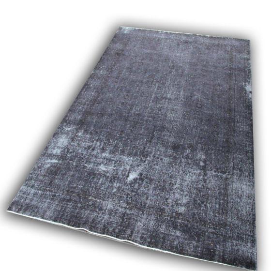 Zwart tapijt 44 (328cm x 220cm)