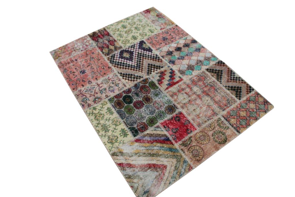 Patchwork vloerkleed   4507  (200cm x 150cm) gemaakt vintage vloerkleden incl.onderkleed van katoen.