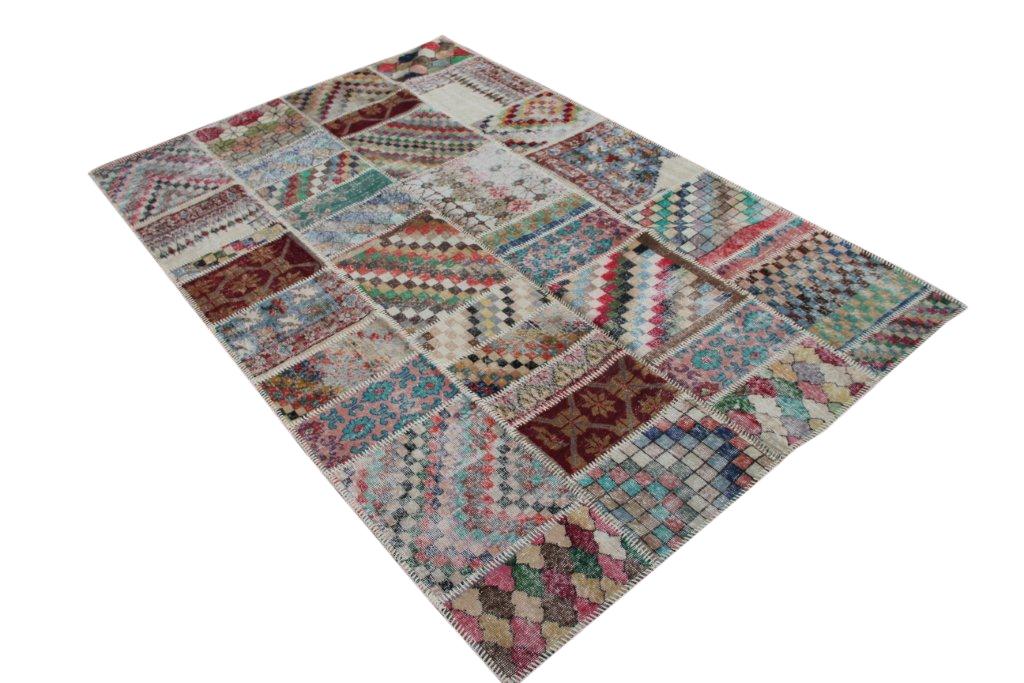 Patchwork vloerkleed   4538  (299cm x 198cm) gemaakt vintage vloerkleden incl.onderkleed van katoen.