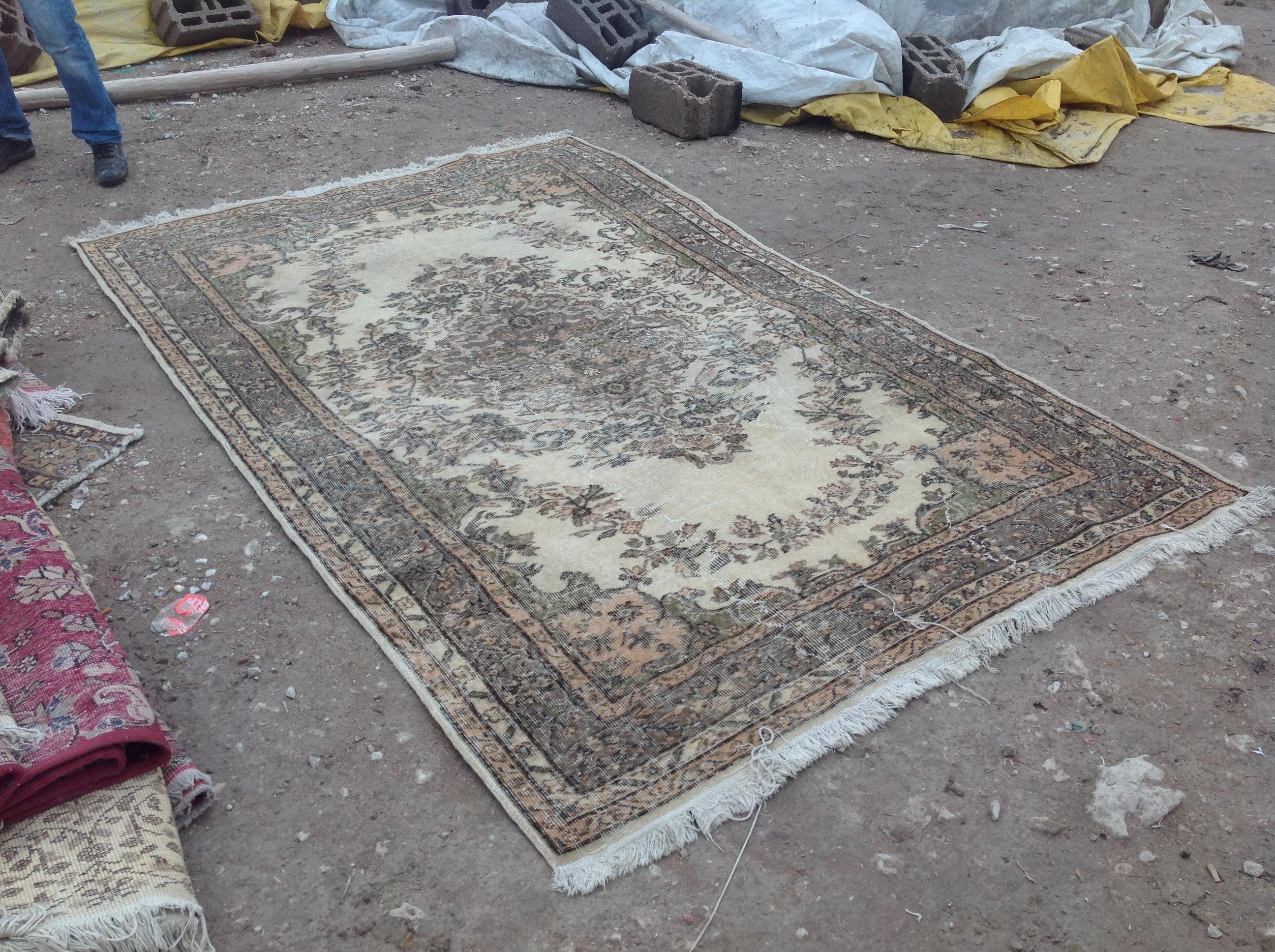 NIEUW INGEKOCHT vintage vloerkleed  uit Turkije 273cm x 177cm, no 4593 LEVERBAAR VANAF 15 DECEMBER