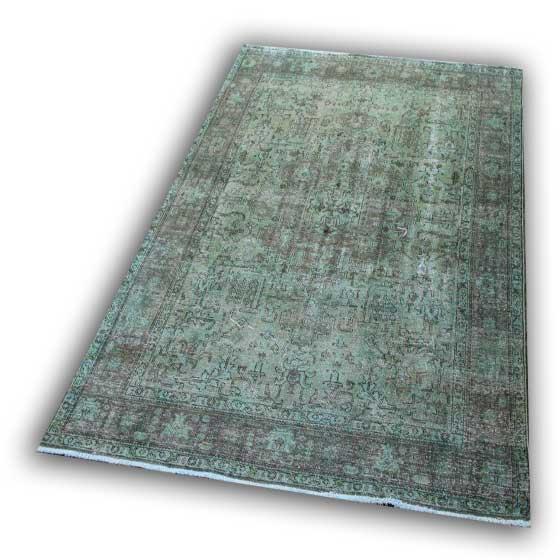 Recoloured vloerkleed 46 (284cm x 196cm)