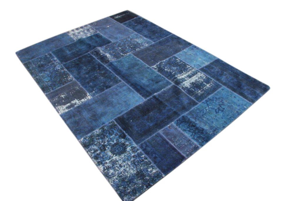 Blauw patchwork kleed  303cm x 217cm, no 51206 gemaakt uit oude perzen.
