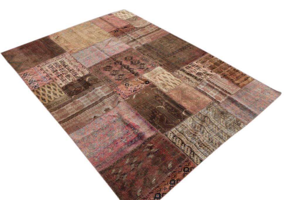 Bruin patchwork vloerkleed 294cm x 210cm, no 51208  gemaakt uit oude perzen.