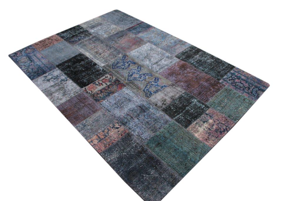 Grijs/antraciet patchwork vloerkleed  301cm x 207cm, no 51209 gemaakt uit oude perzen.