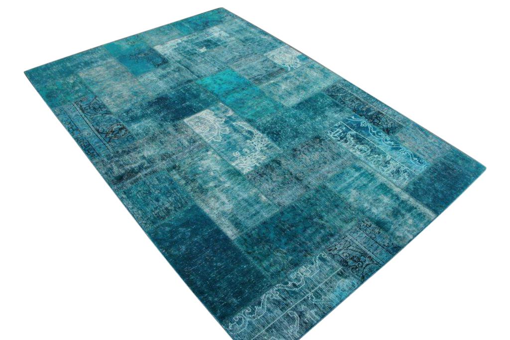Aqua patchwork karpet  304cm x 204cm, no 51247 gemaakt uit oude perzen.
