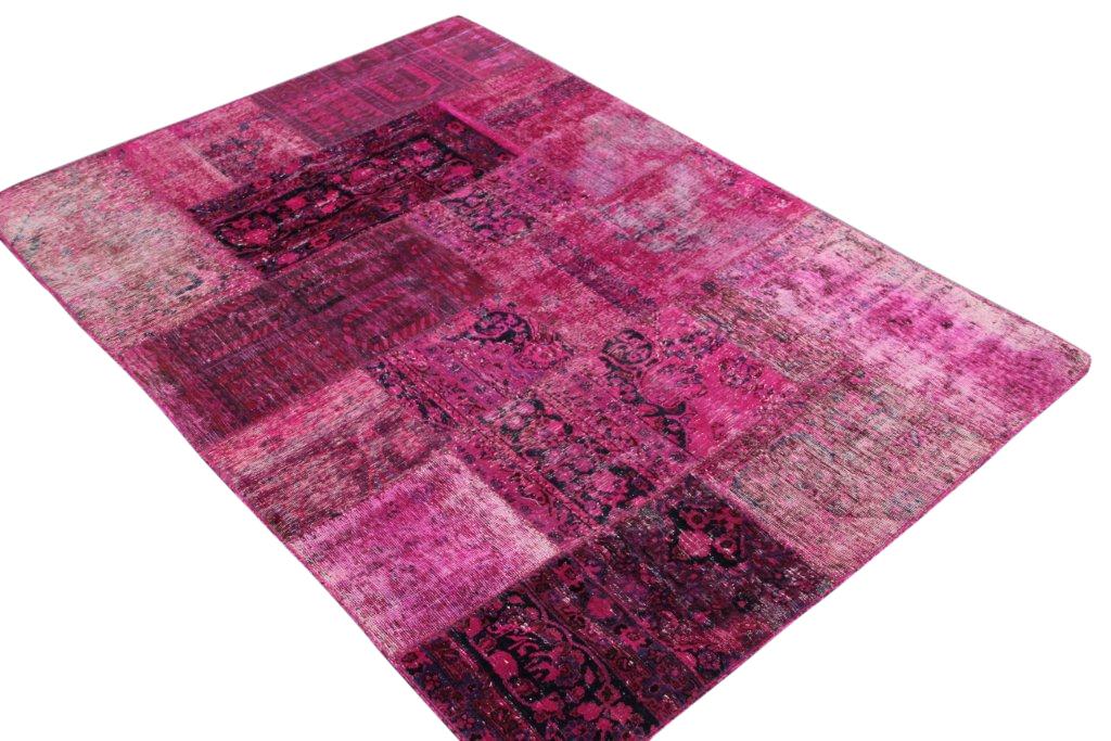 Patchwork kleed roze 241cm x 170cm, no 51251 gemaakt uit oude perzen.