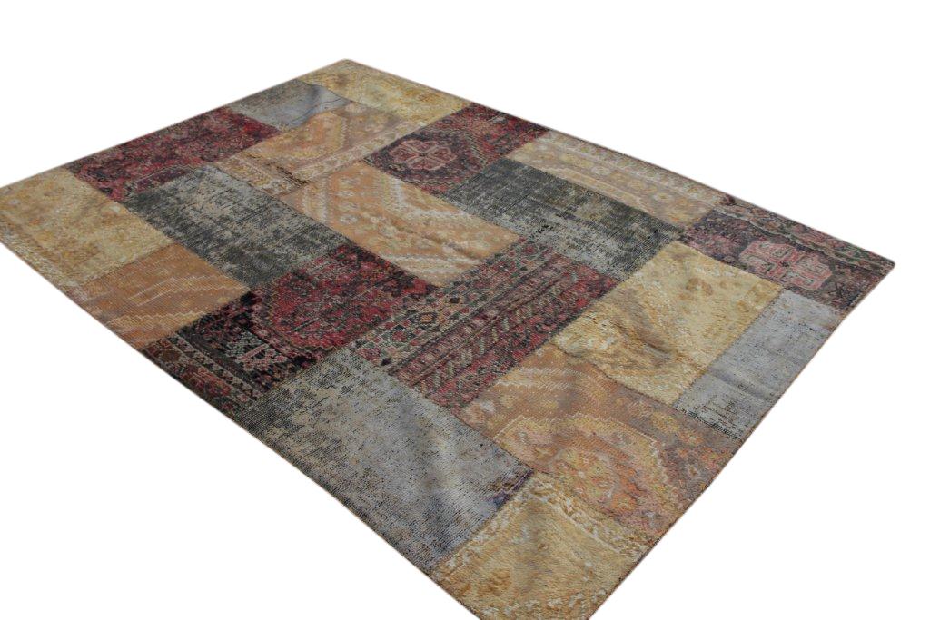 Patchwork vloerkleed met zachtgeel en grijs kleuren  250cm x 180cm, no 51259 gemaakt uit oude perzen.