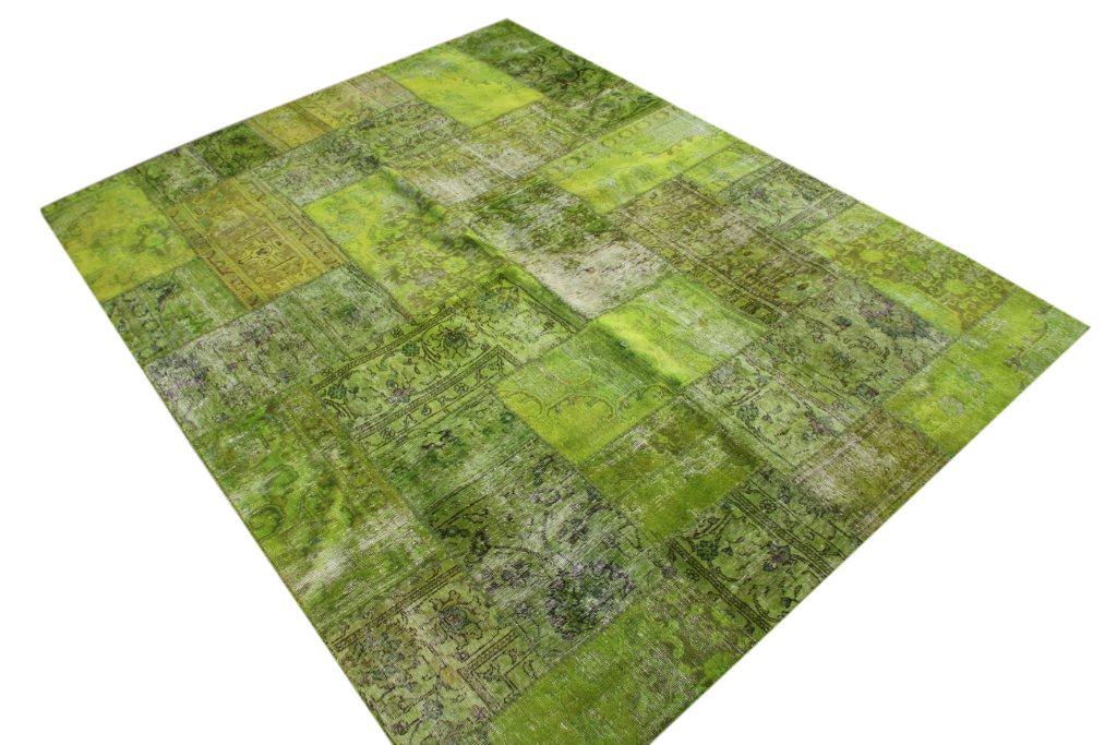 Patchwork kleed groen 306cm x 239cm, no 51272 gemaakt uit oude perzen.