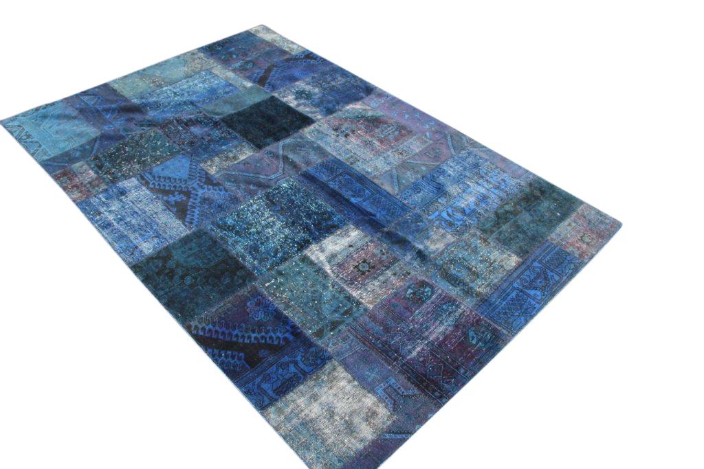Patchwork kleed blauw/zwart 300cm x 196cm, no 51281 gemaakt uit oude perzen.