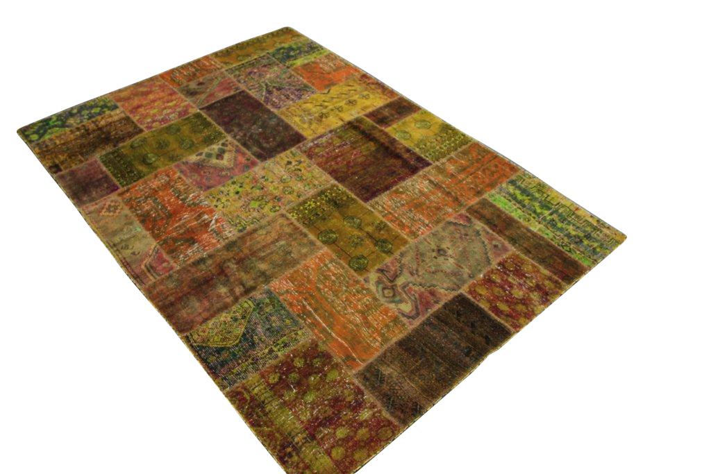 Okergeel oranje patchwork vloerkleed  246cm x 174cm, no 51284 gemaakt uit oude perzen.