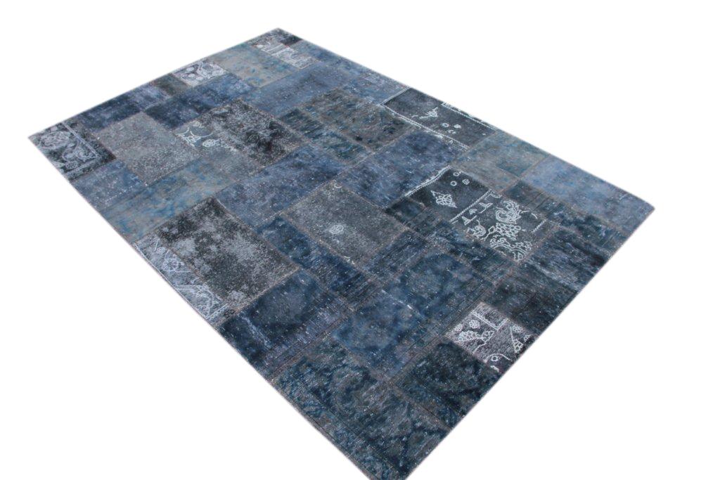 Patchwork kleed blauw/grijs 304cm x 203cm, no 51290 gemaakt uit oude perzen.