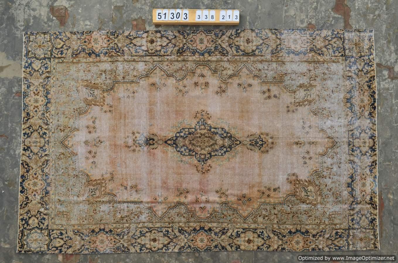 VERKOCHT!! Recoloured vintage  vloerkleed nr 51303 ( 338cm x 213cm)