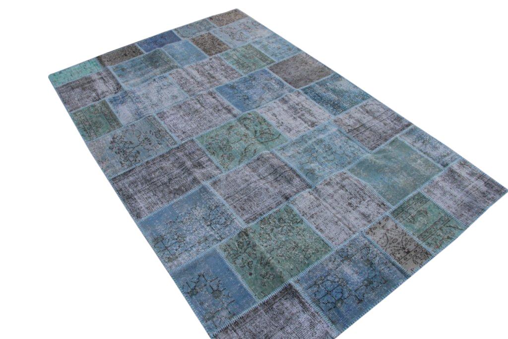 Blauw patchwork vloerkleed 5299B (302cm x 196cm) gemaakt van oude recoloured vloerkleden