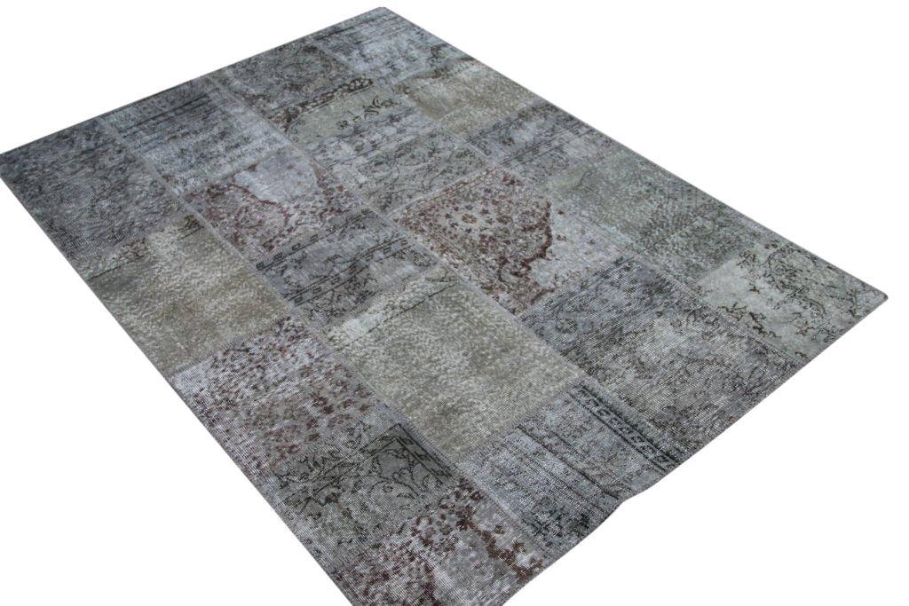 Grijs patchwork vloerkleed 5337 (240cm x 170cm) gemaakt van oude recoloured vloerkleden