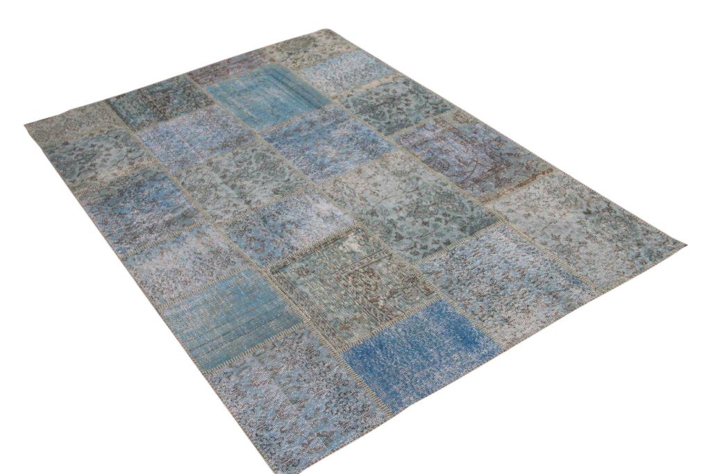 Blauw patchwork vloerkleed 5341 (240cm x 170cm) gemaakt van oude recoloured vloerkleden